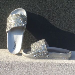 Shoes - Dazzle Everywhere You Go Silver Slides